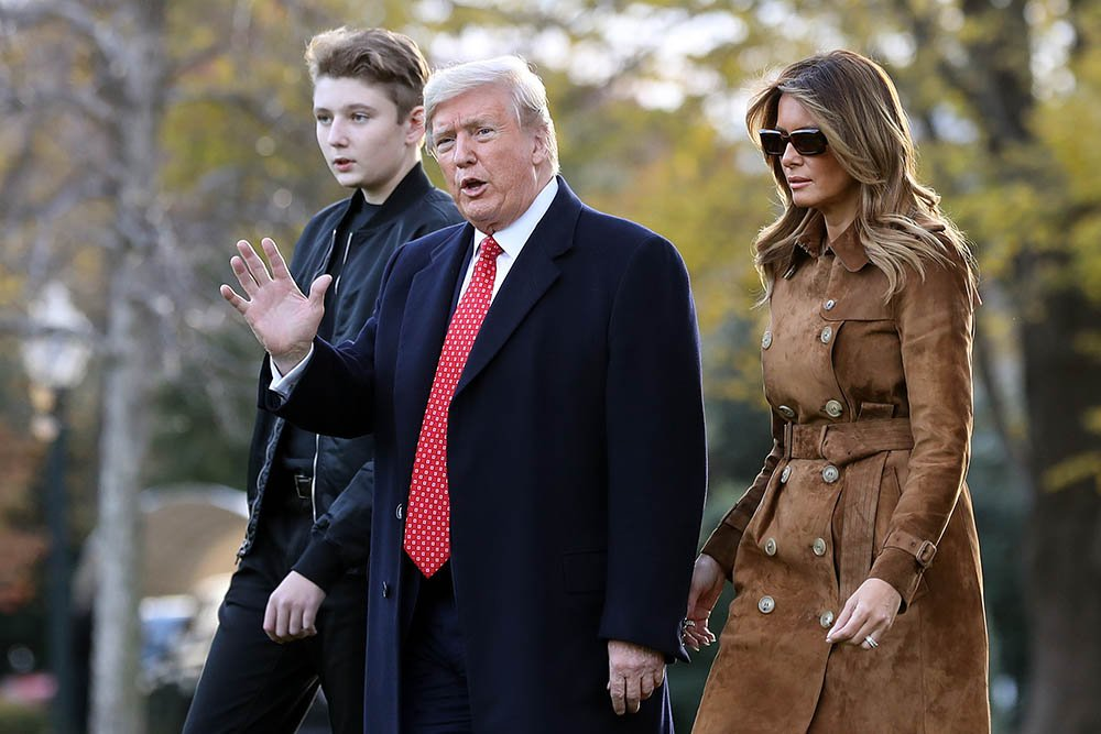 U.S. President Donald Trump, first lady Melania Trump and their son Barron Trump leaving the White House on board Marine One November 26, 2019 in Washington, DC. I Image: Getty Images.