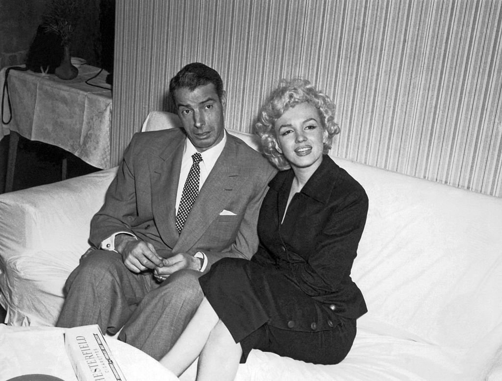 Marilyn Monroe und Joe DiMaggio, zirka 1954. I Quelle: Getty Images