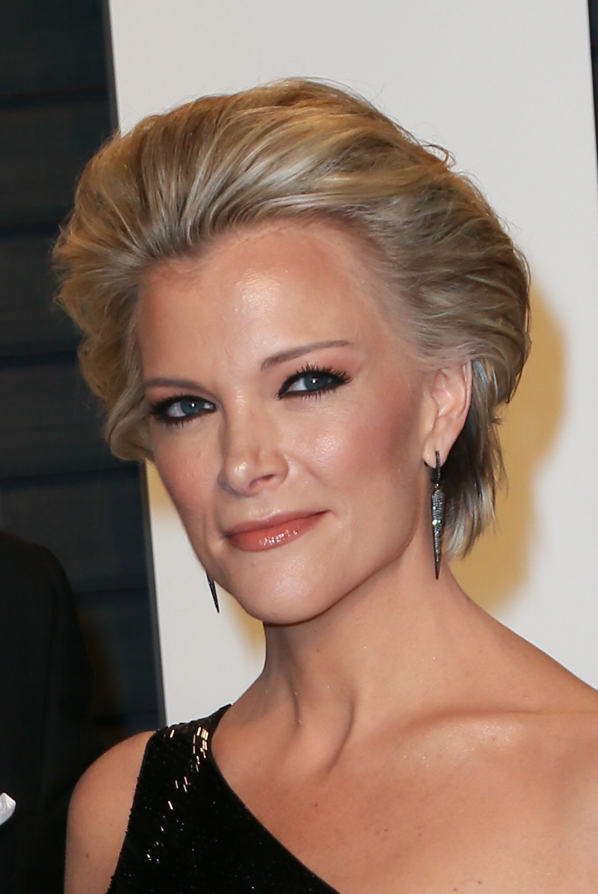 Megyn Kelly arrives at the 2016 Vanity Fair Oscar Party Hosted by Graydon Carter at the Wallis Annenberg Center for the Performing Arts on February 28, 2016, in Beverly Hills, California. | Source: Getty Images.
