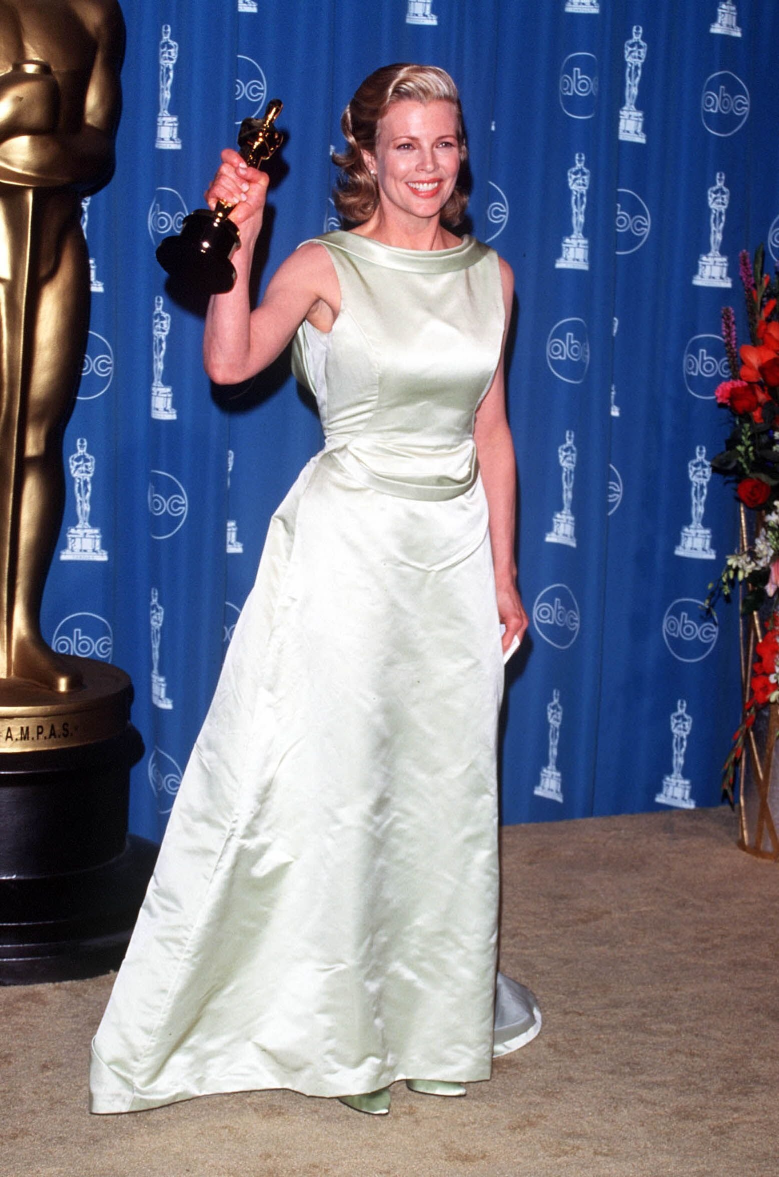 Kim Basinger at the 70th Annual Academy Awards. | Source: Getty Images