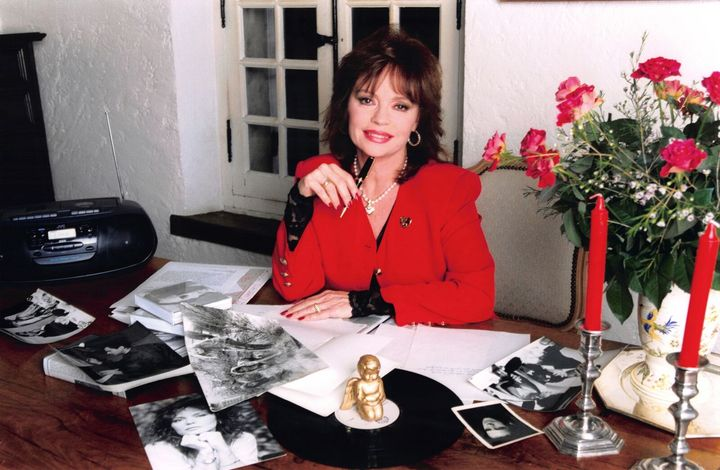 Pascale Petit dans son bureau| Sources: Getty images