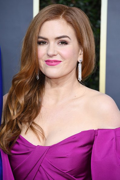 Isla Fisher at The Beverly Hilton Hotel on January 05, 2020 in Beverly Hills, California. | Photo: Getty Images