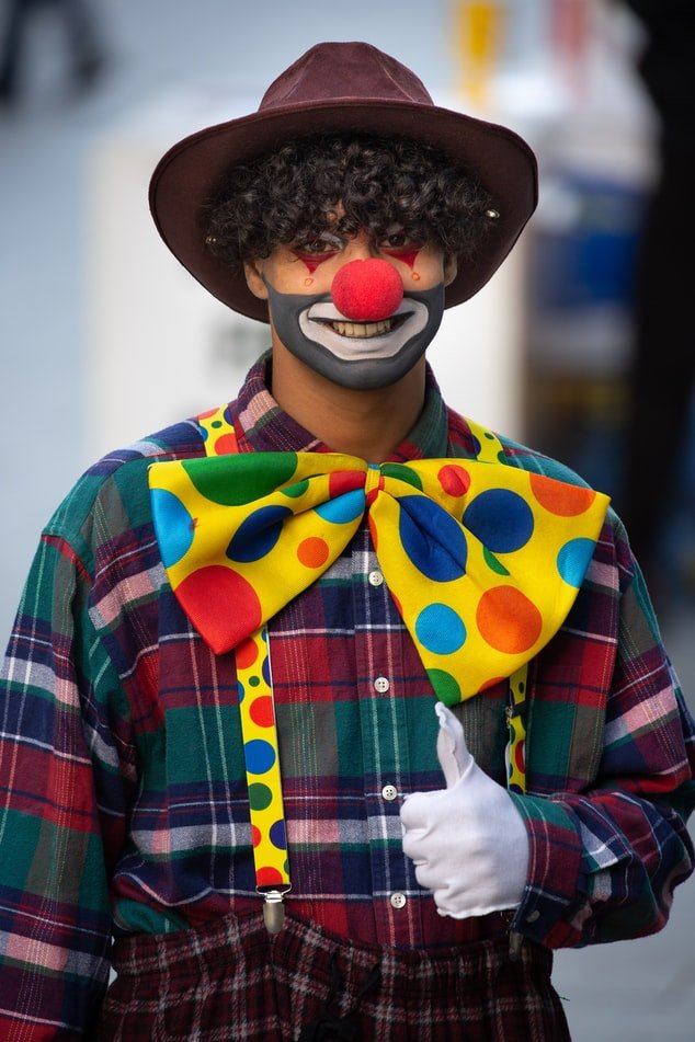 The clown at the birthday party | Source: Unsplash