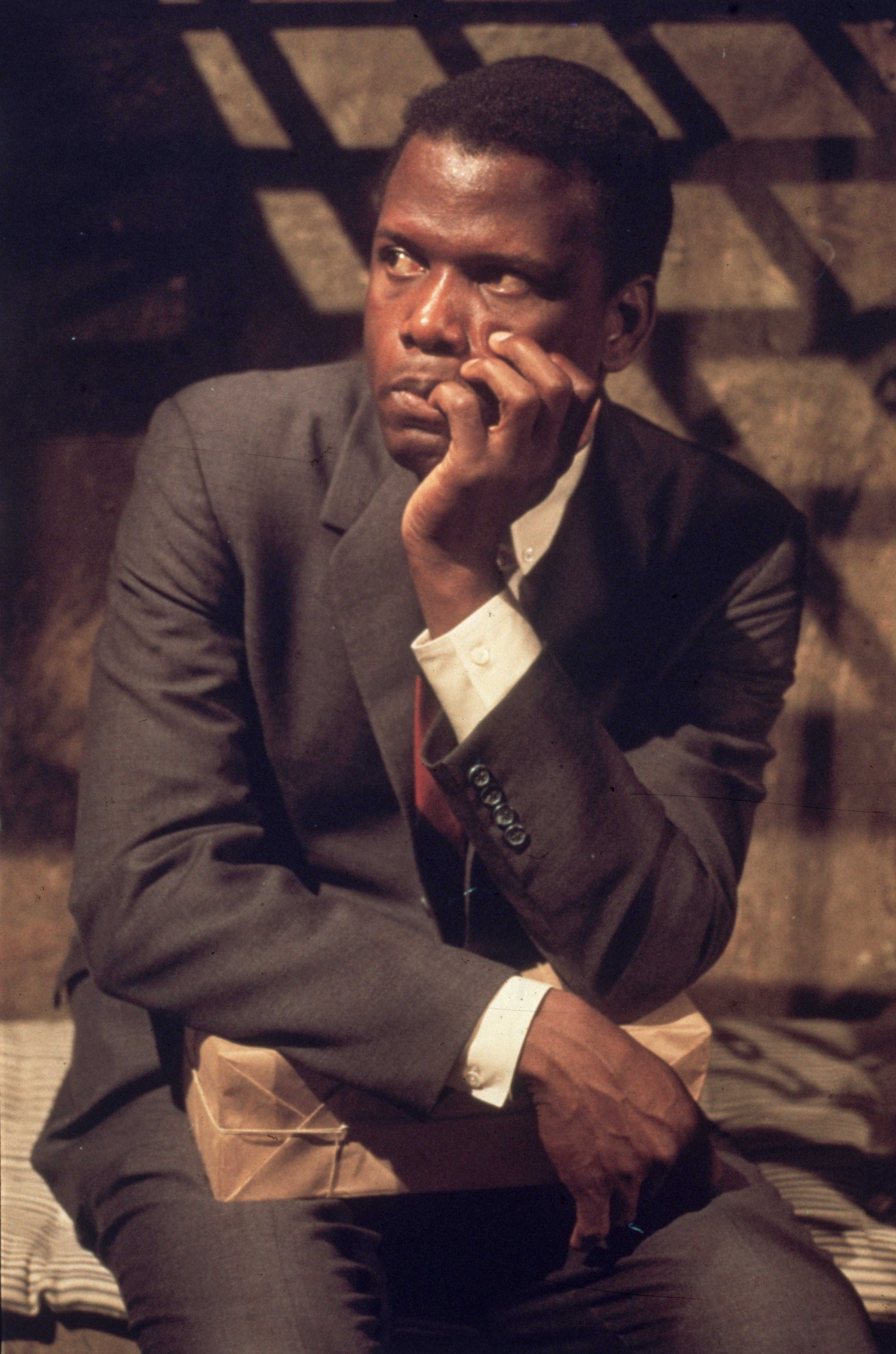 """Sidney Poitier photographed while filming """"In the Heat of the Night"""" in 1967 