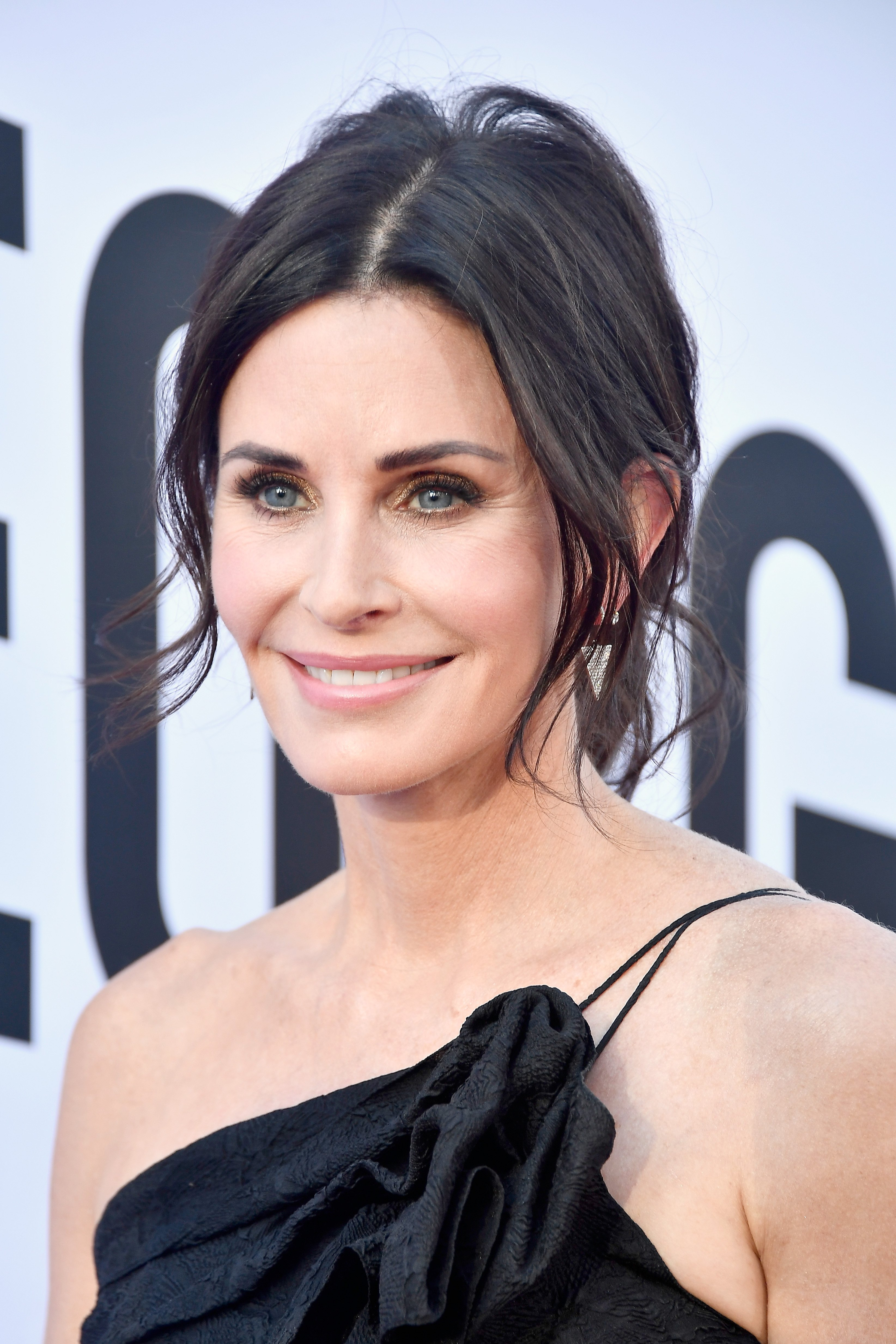 Courteney Cox attends the American Film Institute's 46th Life Achievement Award Gala Tribute to George Clooney at Dolby Theatre on June 7, 2018|Photo: Getty Images