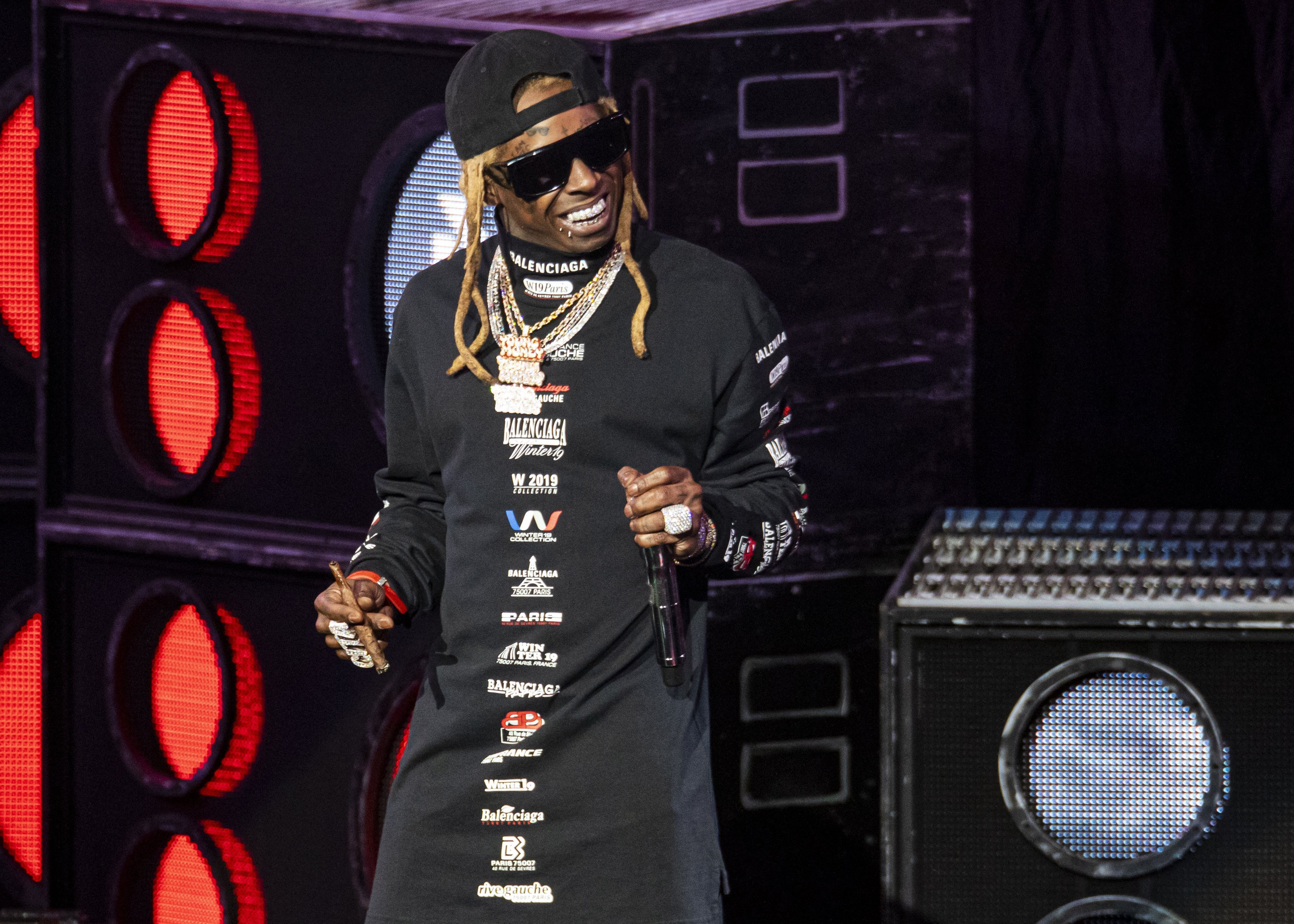0: Lil Wayne performs at DTE Energy Music Theater on September 10, 2019|Photo: Getty Images