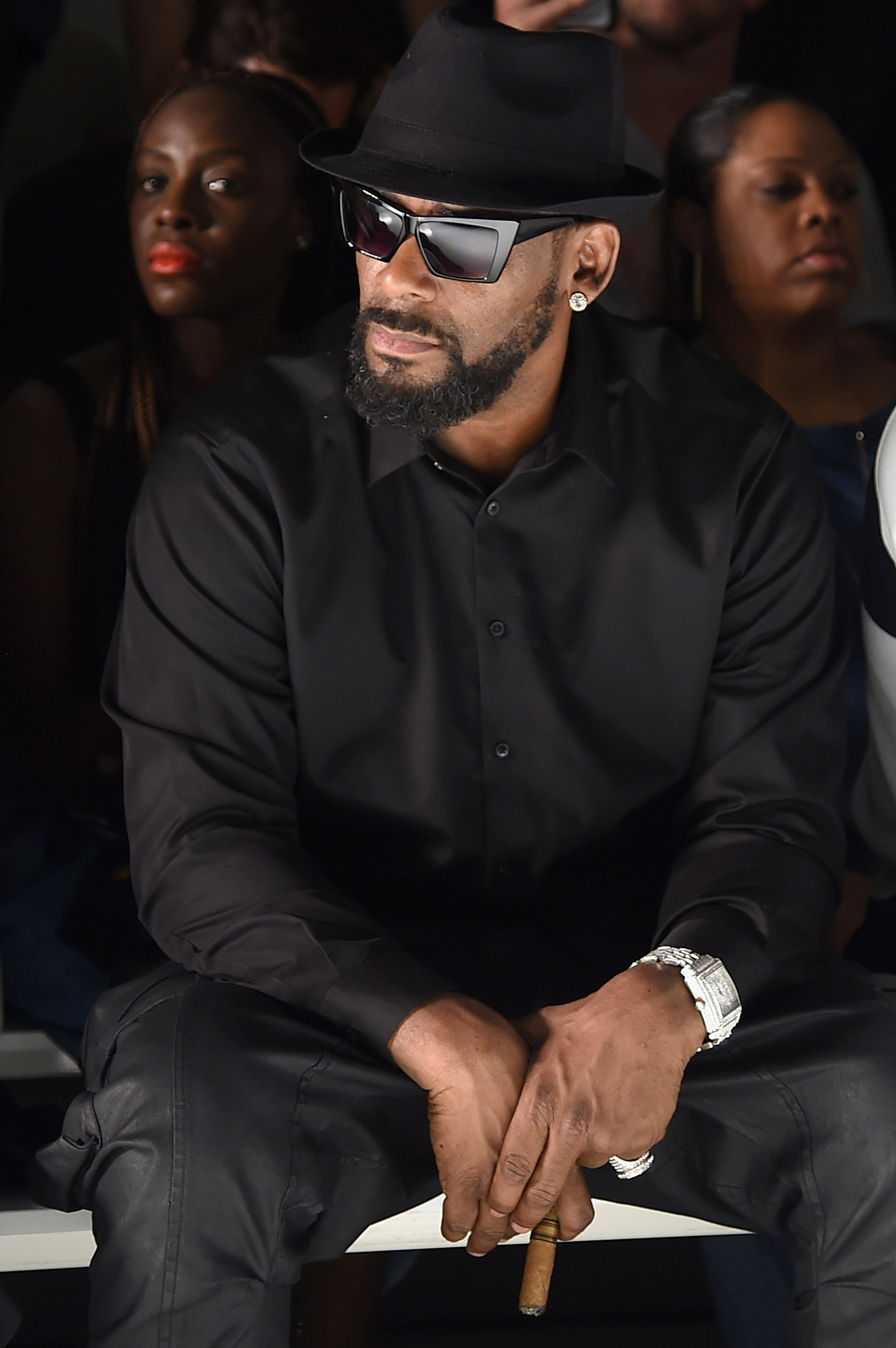 Singer R Kelly attends the Ovadia Sons front row during New York Fashion Week, 2016. | Source: GettyImages