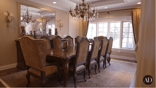 Scottie Pippen's dining room | Photo: YouTube/Architechtural Digest