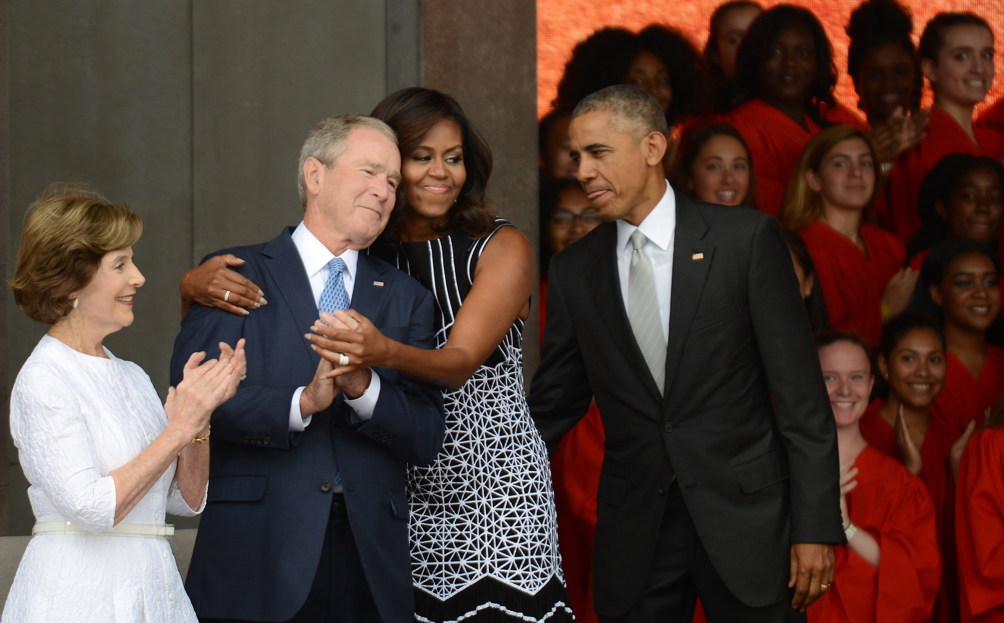 Barack Obama and George W. Bush with wives Michelle Obama and Laura Bush at the dedication of the National Museum of African American History and Culture | Photo: Getty Images