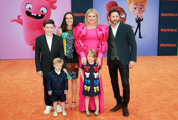 Kelly Clarkson and Brandon Blackstock with ther kids, Seth, Remington Alexander, Savannah and River at Regal Cinemas L.A. Live on April 27, 2019 in Los Angeles, California. | Photo: Getty Images
