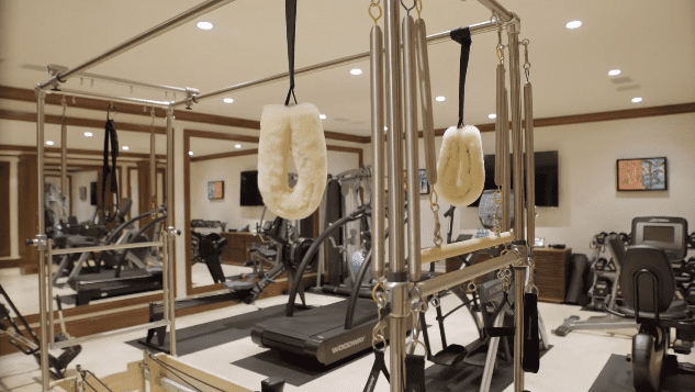 Pierce Brosnan and Keely Brosnan's Malibu mansion: gym   Photo: YouTube/Architectural Digest