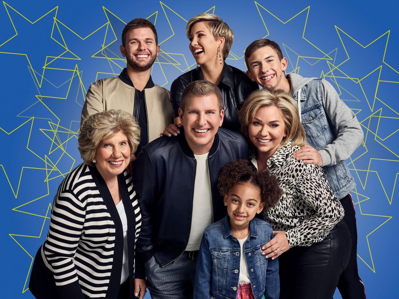 """Faye Chrisley, Chase Chrisley, Todd Chrisley, Savannah Chrisley, Chloe Chrisley, Julie Chrisley, and Grayson Chrisley pose for a family portrait for """"Chrisley Knows Best"""" Season 8.   Source: Getty Images"""