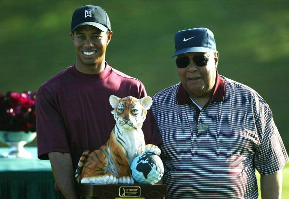 Tiger Woods and his father Earl Woods | Photo: Getty Images