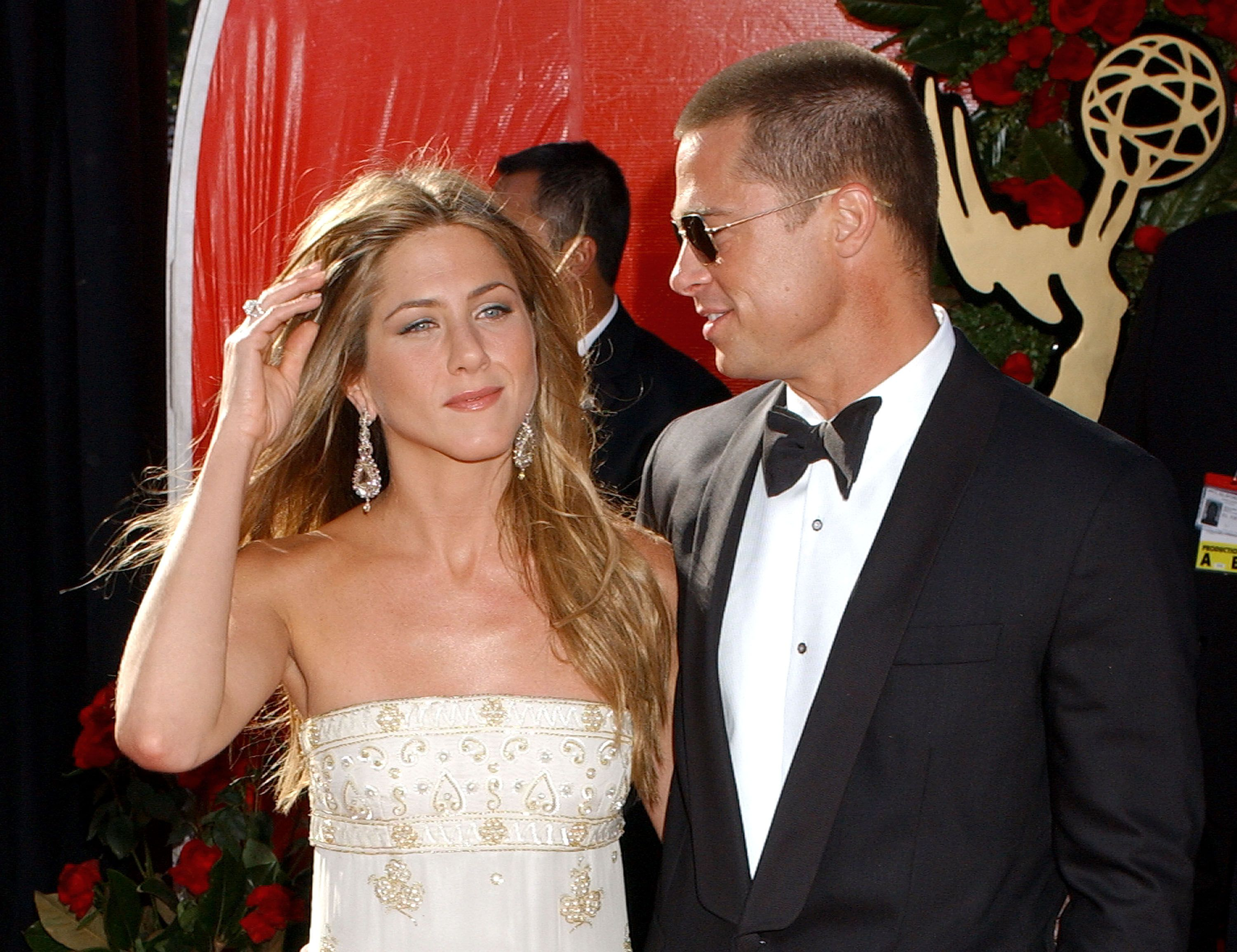 Jennifer Aniston and Brad Pitt at the 56th Annual Primetime Emmy Awards in Los Angeles in 2004 | Source: Getty Images