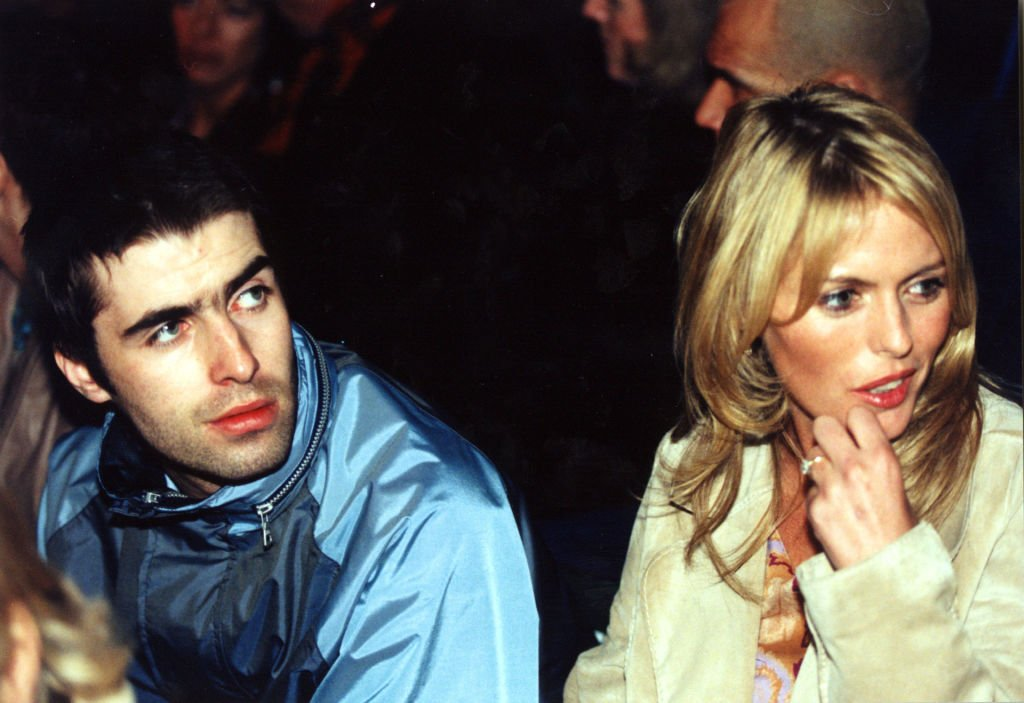Liam Gallagher and Patsy Kensit at the London Fashion Week on 27 February, 1997 | Photo: Getty Images
