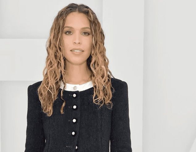 Cleo Wade opens up about her experience with writer's block with Hoda Kotb on October 28, 2020 | Photo: YouTube/todayshow