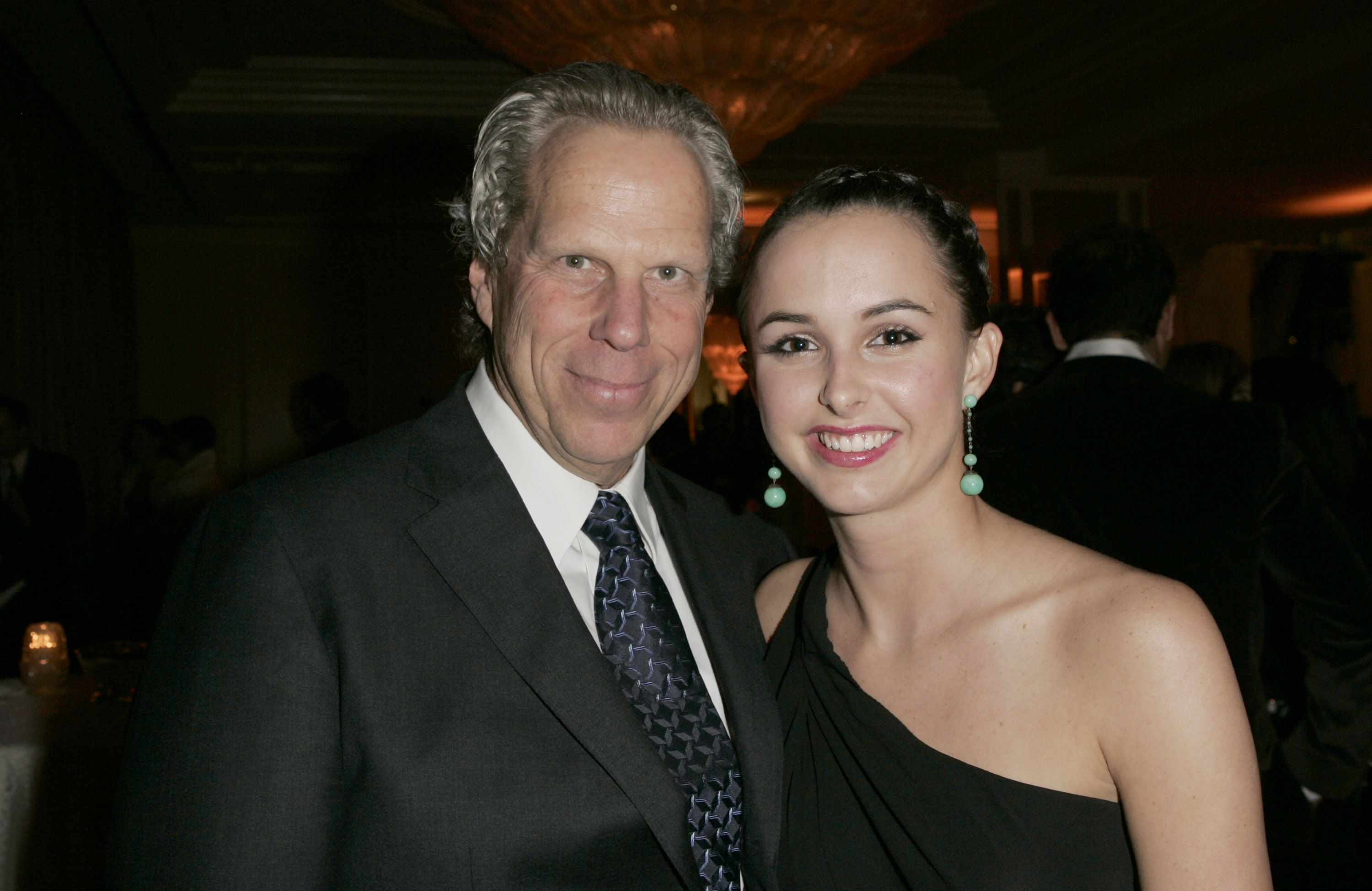 Steve Tisch and Hilary Tisch at Saks Fifth Avenue's Unforgettable Evening Benefitting EIF's Women's Cancer Research Fund in Beverly Hills | Source: Getty Images