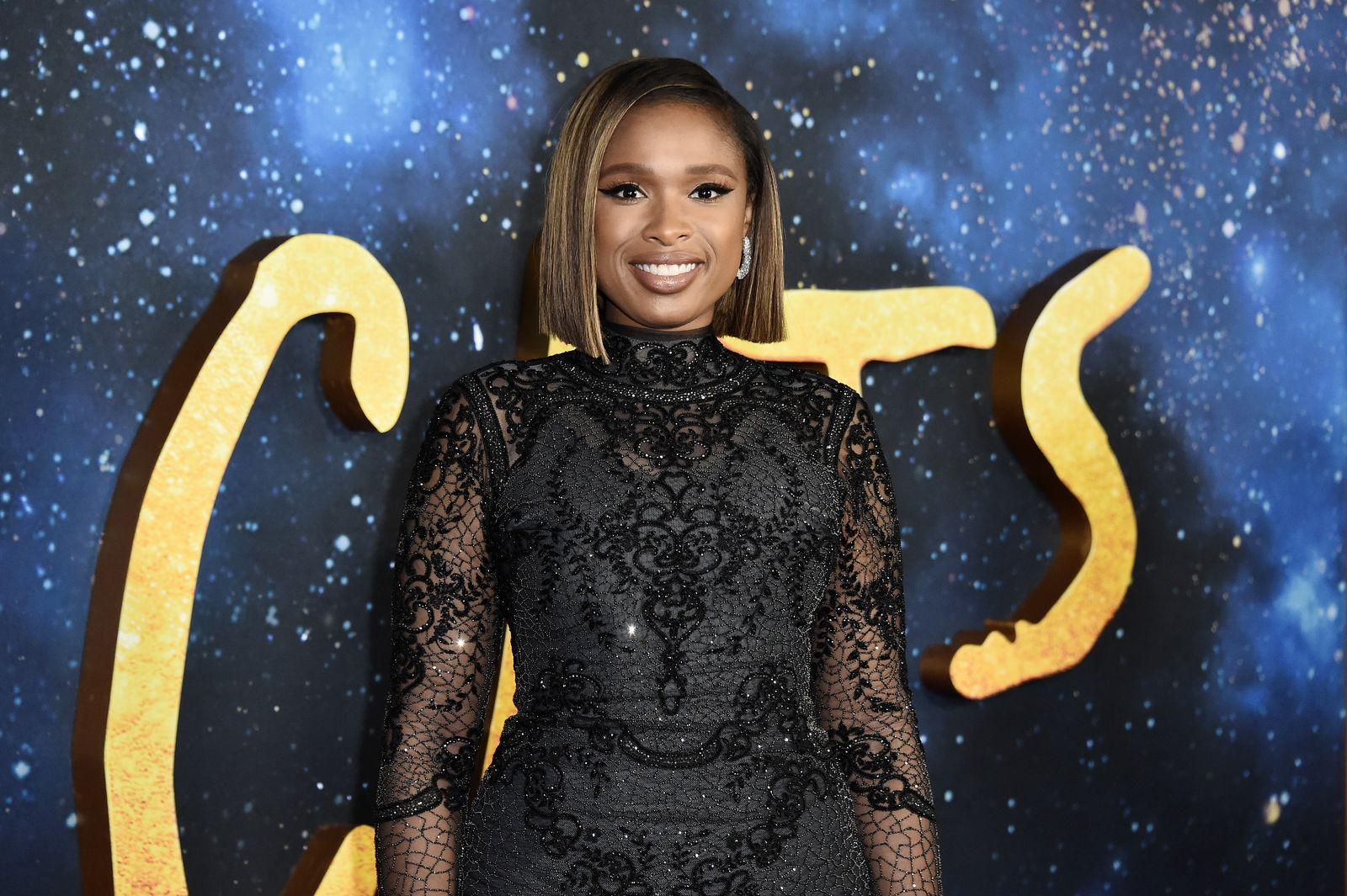 "Jennifer Hudson poses at the premiere of ""Cats"" on December 16, 2019 