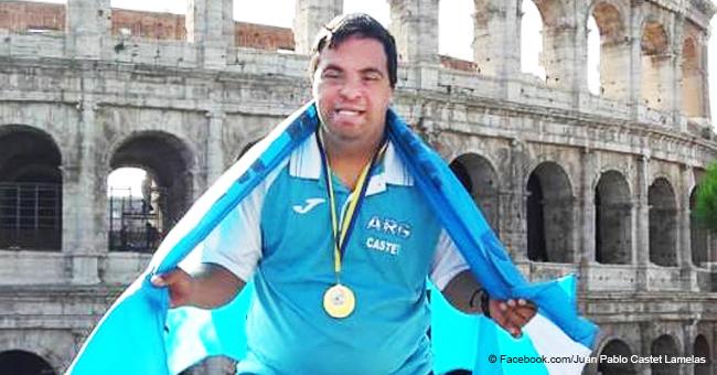 Hombre con síndrome de Down se convierte en campeón mundial con apoyo de su familia y comunidad