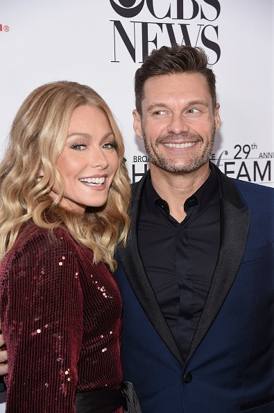 Kelly Ripa and Ryan Seacrest at The Ziegfeld Ballroom on October 29, 2019 in New York City. | Photo: Getty Images