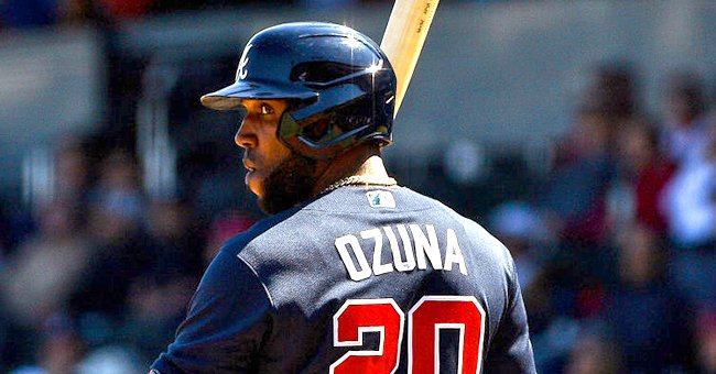Atlanta Braves' Marcell Ozuna looks back for the signal at Cool Today Park on February 28, 2020 in Venice, Florida. | Photo: Getty Images