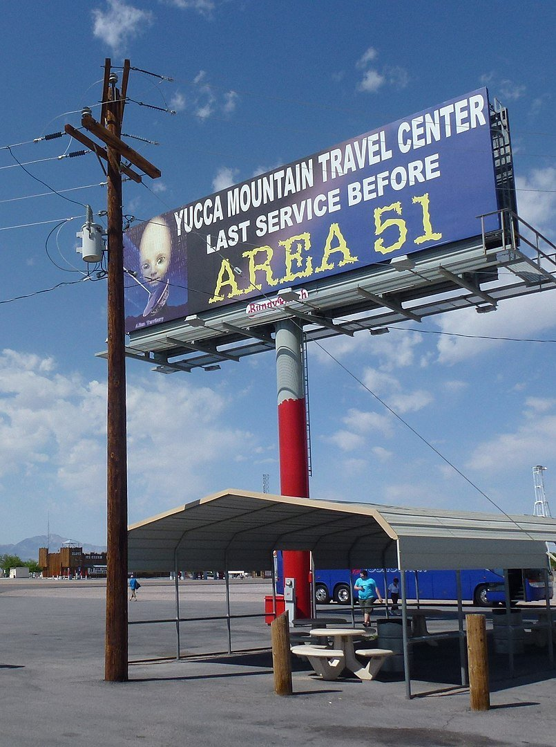 Travel center before Area 51 | Photo: Commons.wikimedia/Pierre Andre Leclercq