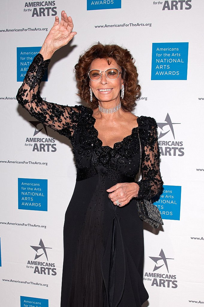 Sophia Loren at the 2015 National Arts Awards at Cipriani 42nd Street on October 19, 2015 | Photo: Getty Images