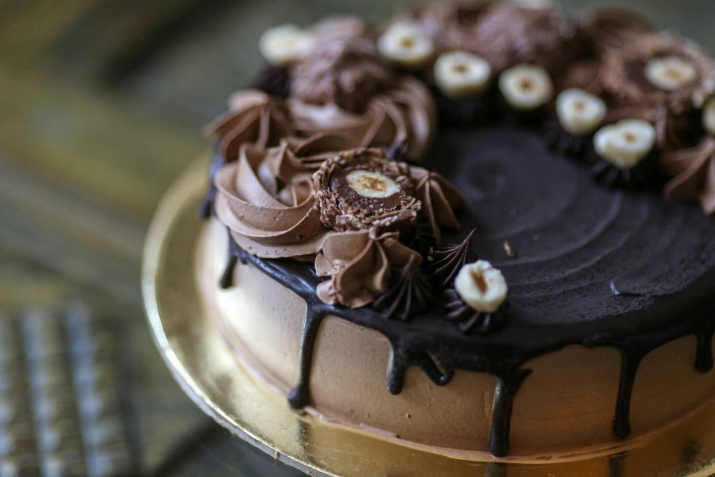 A chocolate gateaux arranged at a patisserie on March 27, 2021   Photo: Getty Images