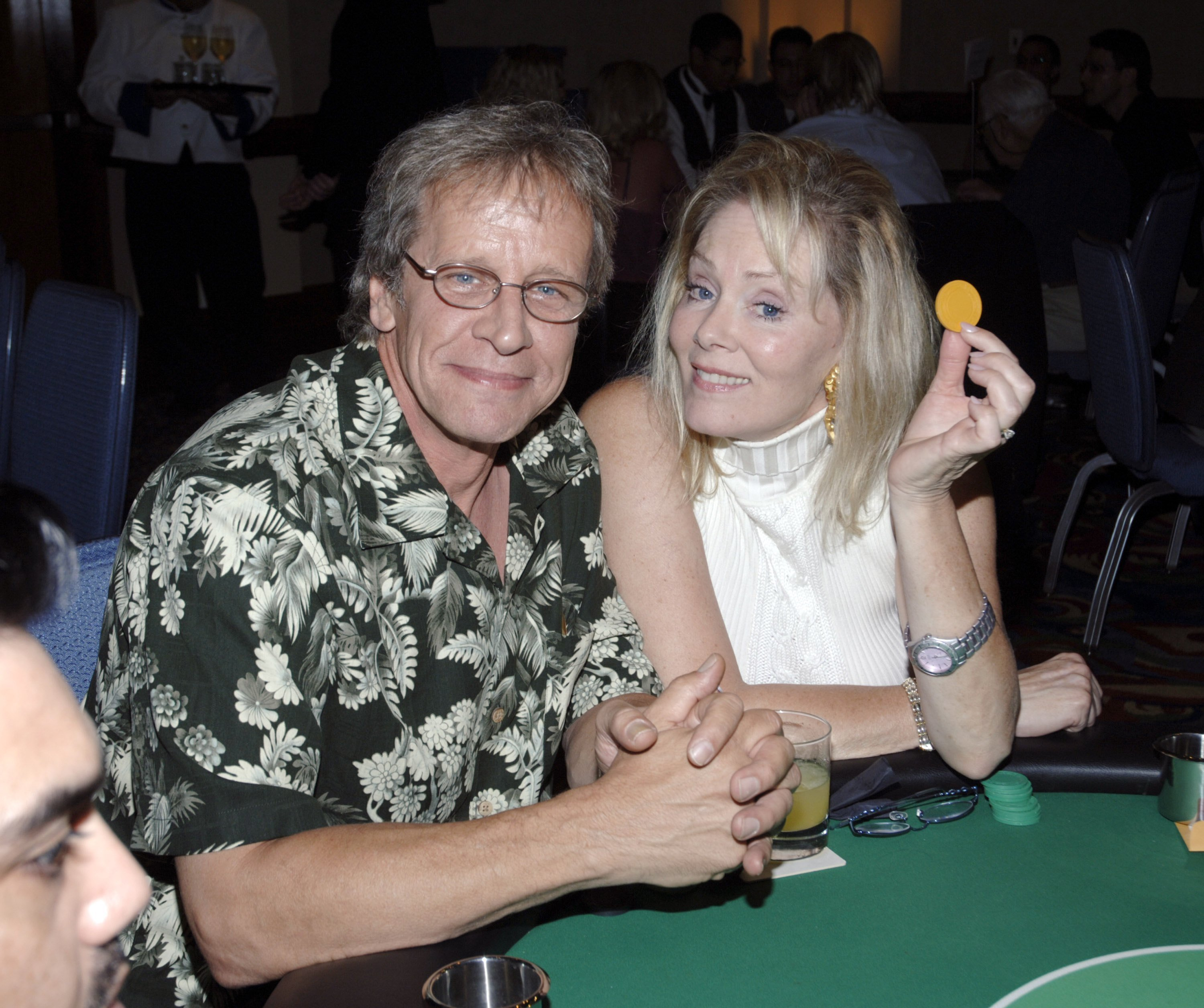 Richard Gilliland and Jean Smart attend the Texas Hold'Em Casino Night Fundraiser for the Caucus Foundation on August 19, 2006. | Source: Getty Images