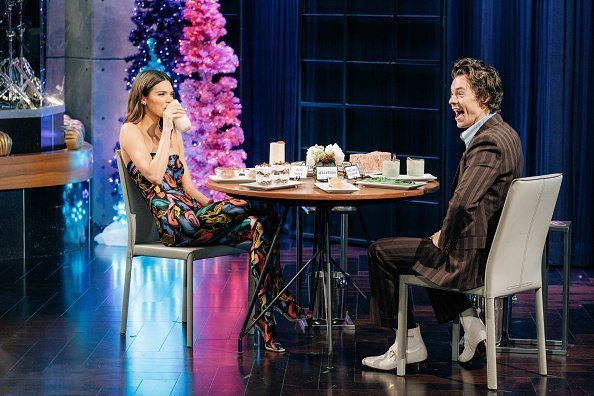 Harry Styles guest-hosts The Late Late Show with James Corden on Tuesday, December 10, 2019 | Photo: Getty Images