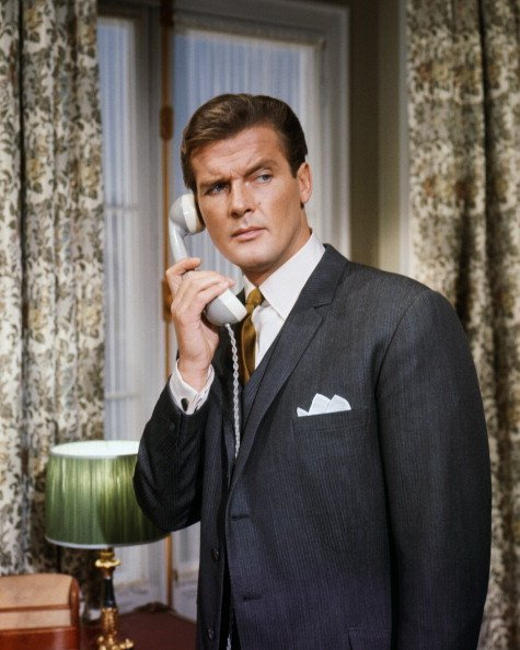 Roger Moore in an episode of the TV series 'The Saint' | Photo: Getty Images