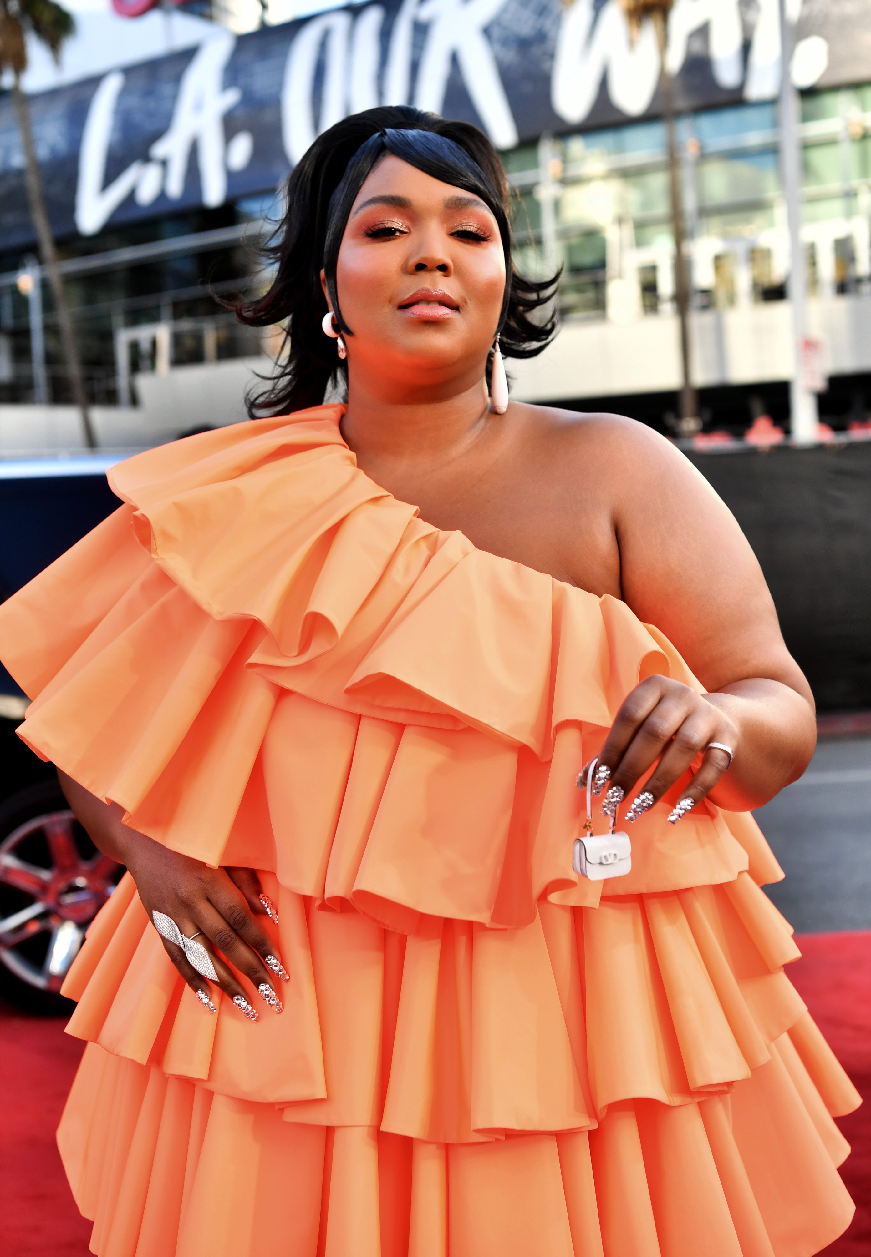 Lizzo attends the 2019 American Music Awards at Microsoft Theater on November 24, 2019| Photo: Getty Images