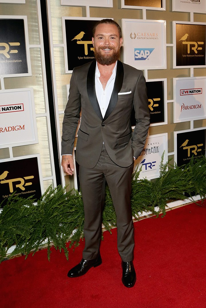 Actor Clayne Crawford attending Imagine Dragons' fifth annual Tyler Robinson Foundation Rise Up Gala in Las Vegas, Nevada in 2018. I Image: Getty Images.