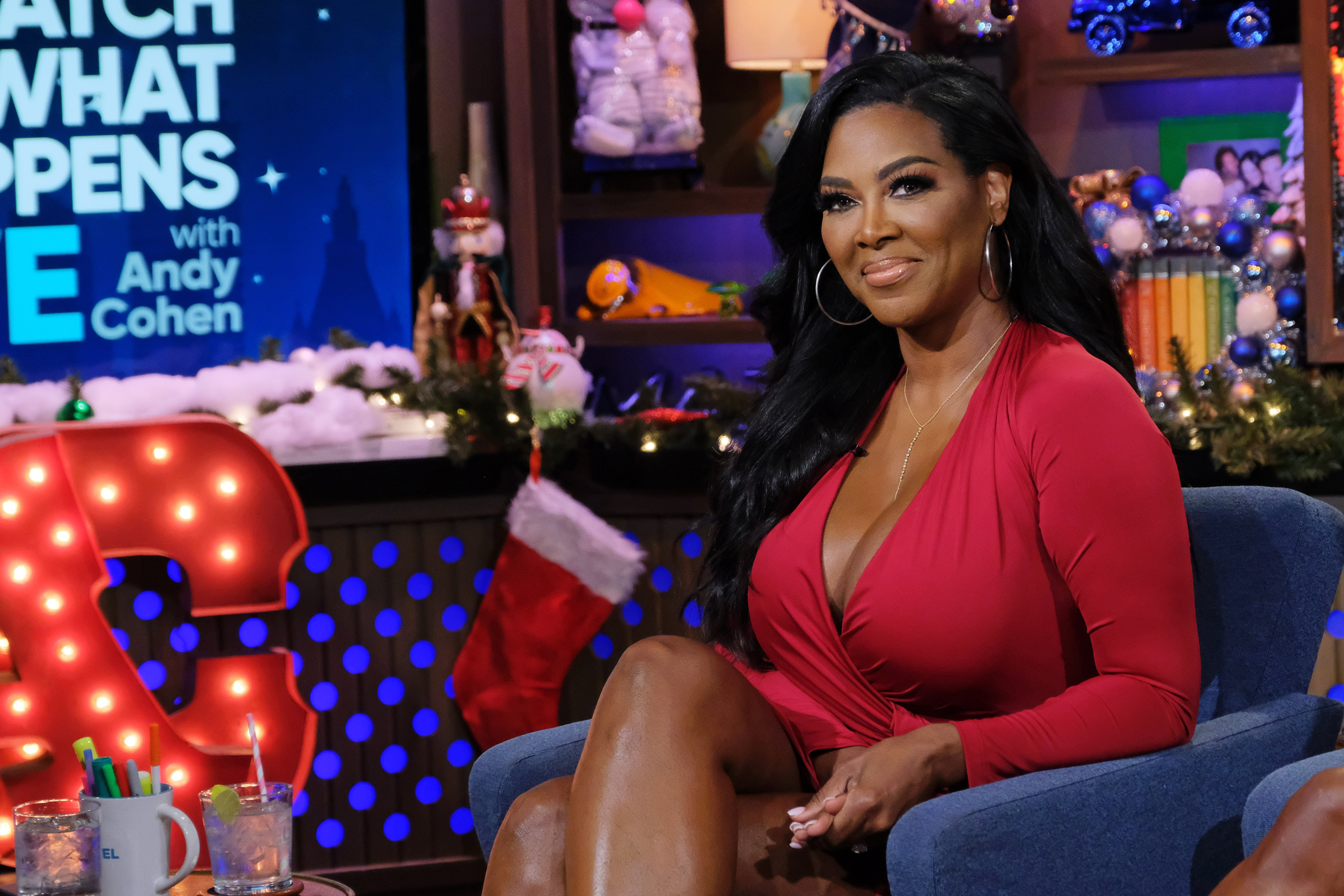"""Kenya Moore poses on the set of NBC's """"Watch What Happens Live With Andy Cohen"""" on 15 December 2019.   Source: Getty Images"""