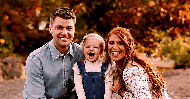 Audrey Roloff's Daughter Ember Kisses Mom's Pregnant Belly in New Fall Photos