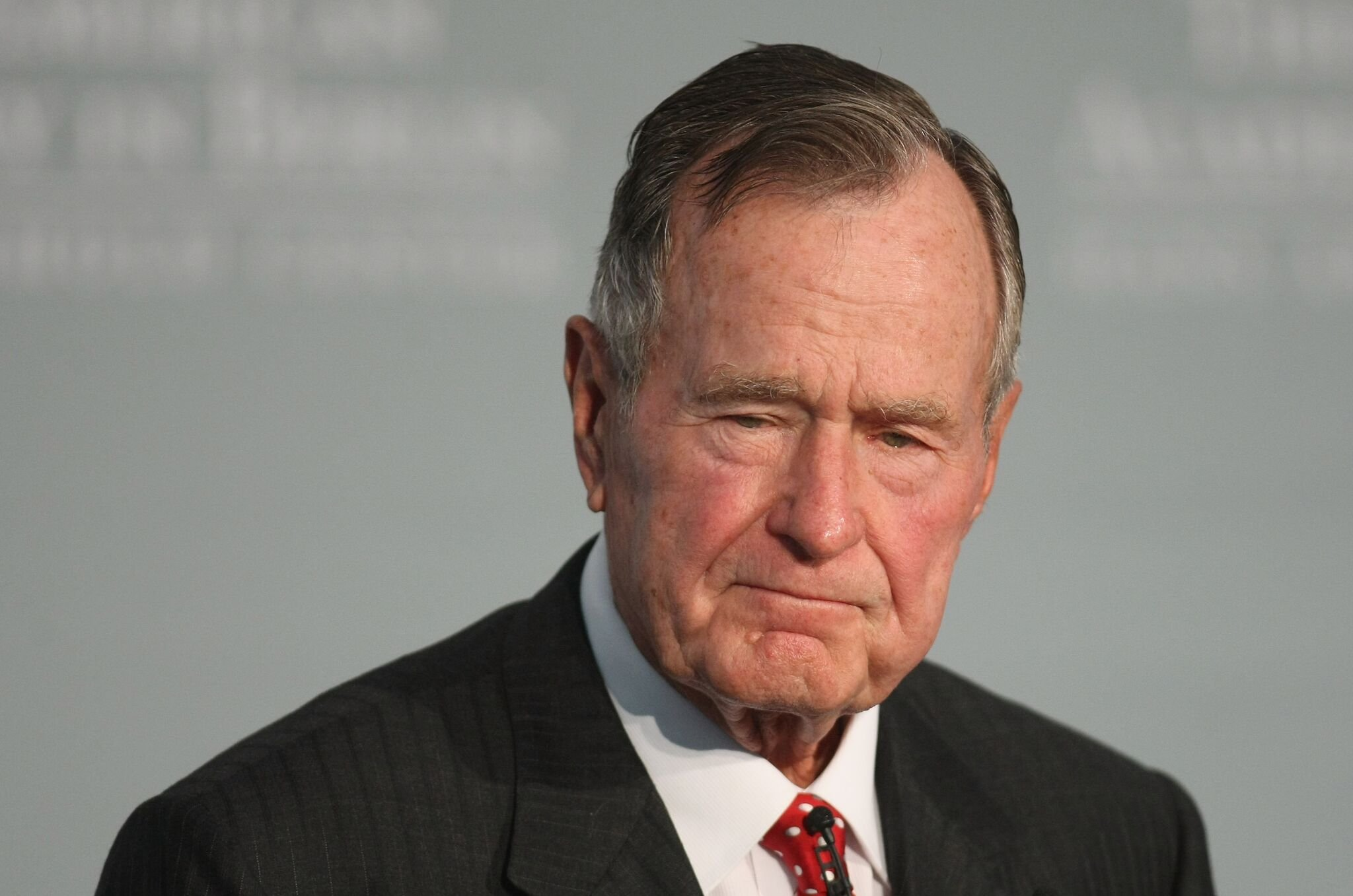 Former U.S. President George Bush speaks after he received the 2008 Henry A. Kissinger Prize at the American Academy   Getty Images