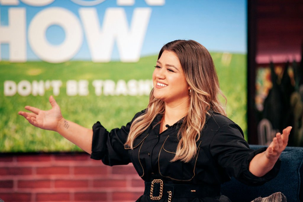"""Kelly Clarkson pictured during an episode of her show, """"The Kelly Clarkson Show,"""" in season 2. 