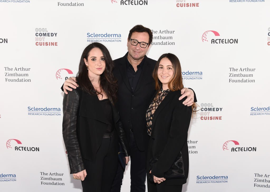 Bob Saget with daughters Aubrey and Lara Saget attend Scleroderma Research Foundation's Cool Comedy - Hot Cuisine New York 2018 on December 11, 2018. | Photo: GettyImages