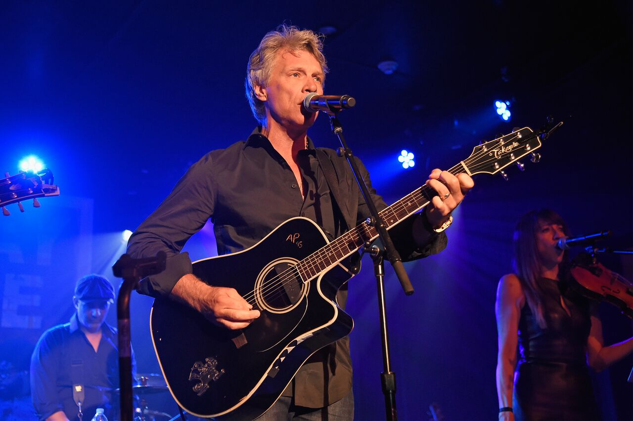 Jon Bon Jovi performs onstage during Apollo in the Hamptons 2018: Hosted by Ronald O. Perelman at The Creeks on August 11, 2018 in East Hampton, New York | Photo: Getty Images