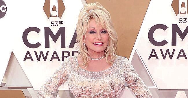 Dolly Parton Pokes Fun at How She Looks in New Documentary Special 'Biography: Dolly' & Says She's Real on the Inside