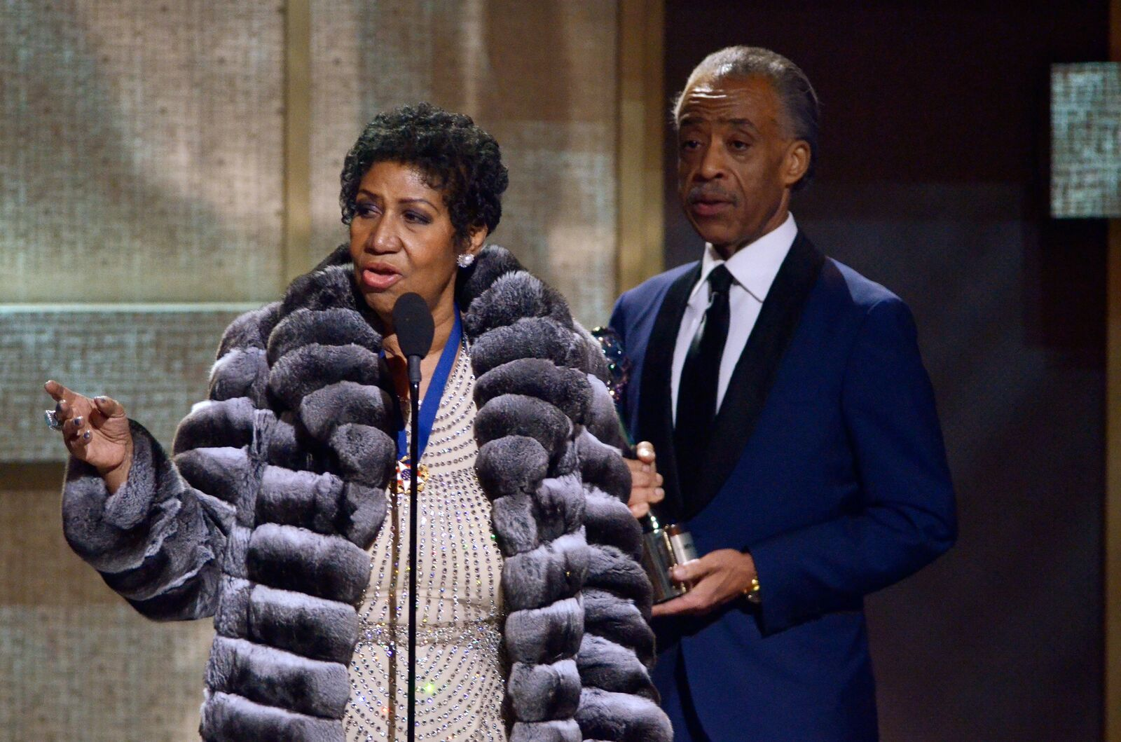 Aretha Franklin speaking on-stage | Source: Getty Images / GlobalImagesUkraine