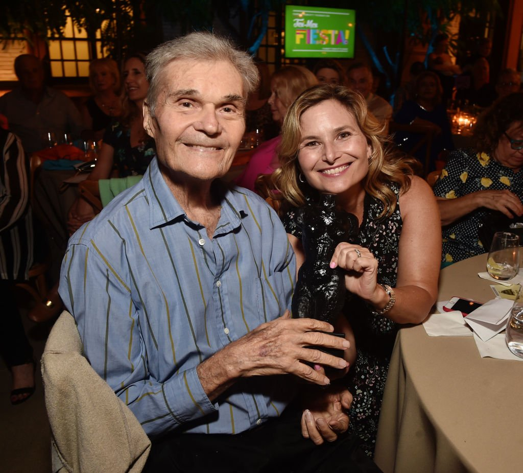 Fred Willard (à gauche) et Hope Willard participent à la fête Tex-Mex de la Fondation Farrah Fawcett le 6 septembre 2019 à Los Angeles, Californie. | Photo : Getty Images