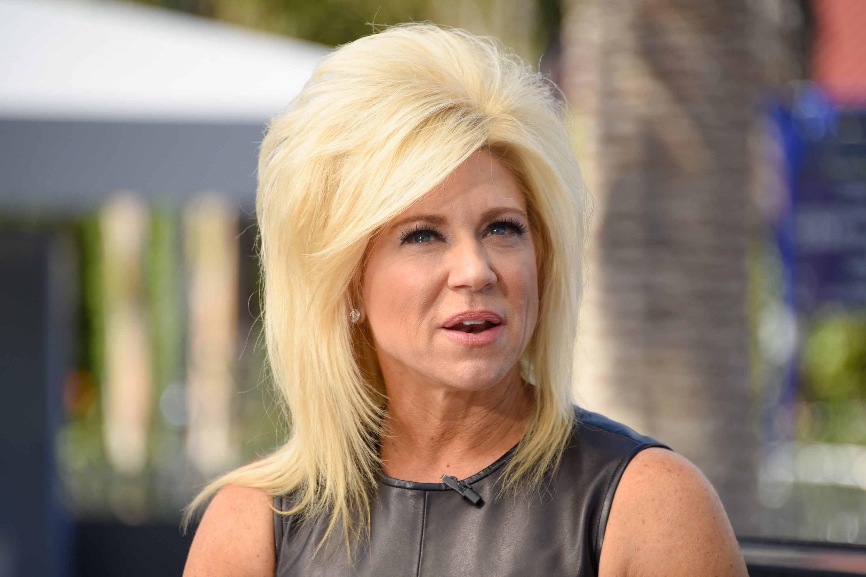 "Theresa Caputo visits ""Extra"" at Universal Studios Hollywood on March 7, 2017 