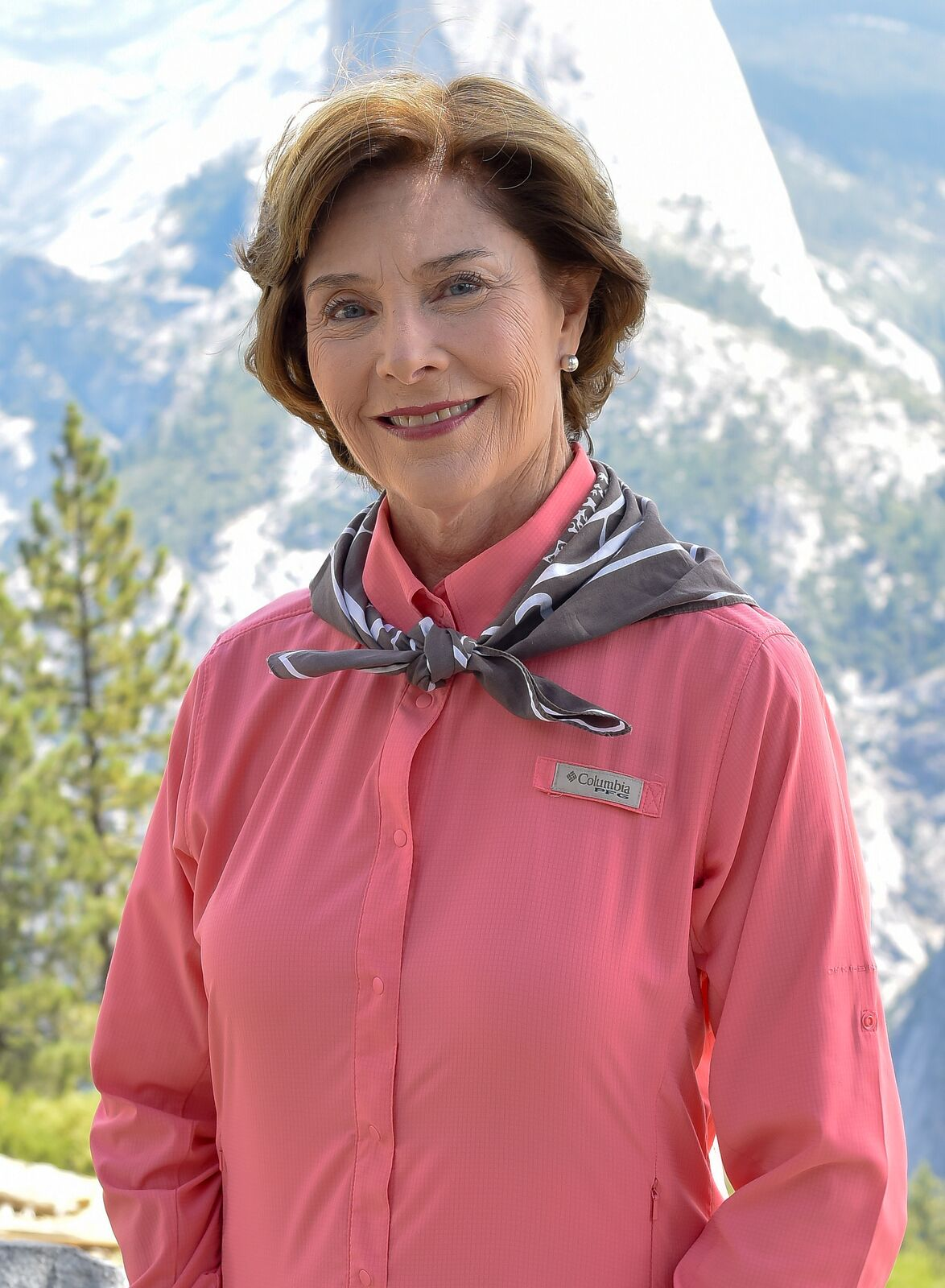 Laura Bush visits Yosemite National Park for the 99th birthday of the National Park Service on July 30, 2015, in Yosemite Village, California | Photo: Steve Jennings/Getty Images