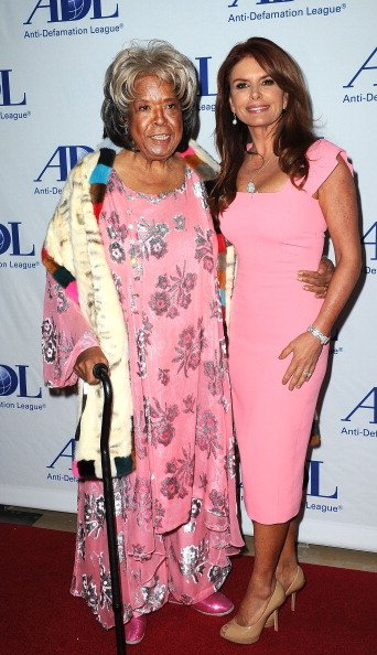 Della Reese and Roma Downey at The Beverly Hilton Hotel on May 8, 2014 in Beverly Hills, California. | Photo: Getty Images
