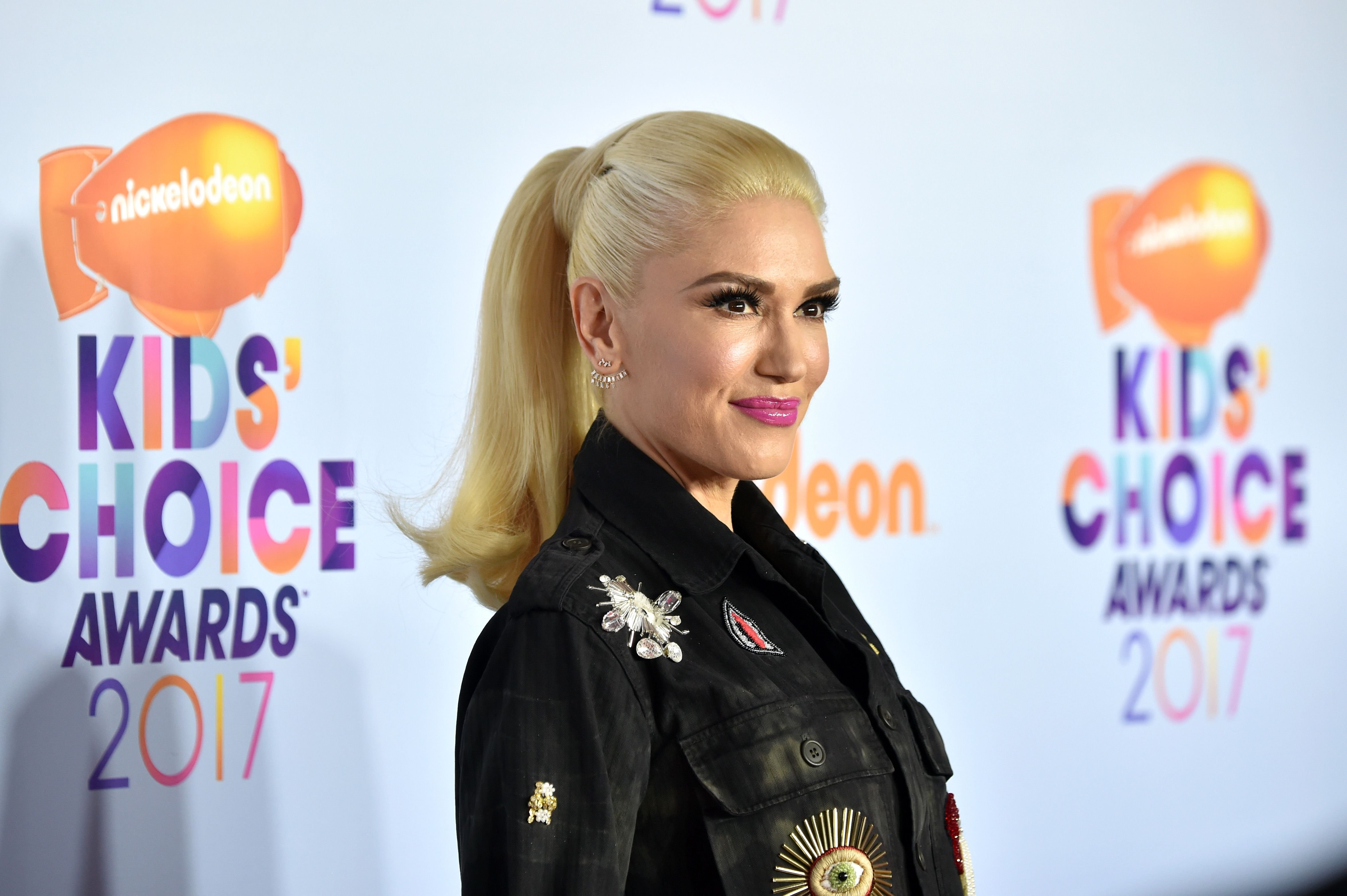 Singer Gwen Stefani at Nickelodeon's 2017 Kids' Choice Awards at USC Galen Center on March 11, 2017 | Photo: Getty Images