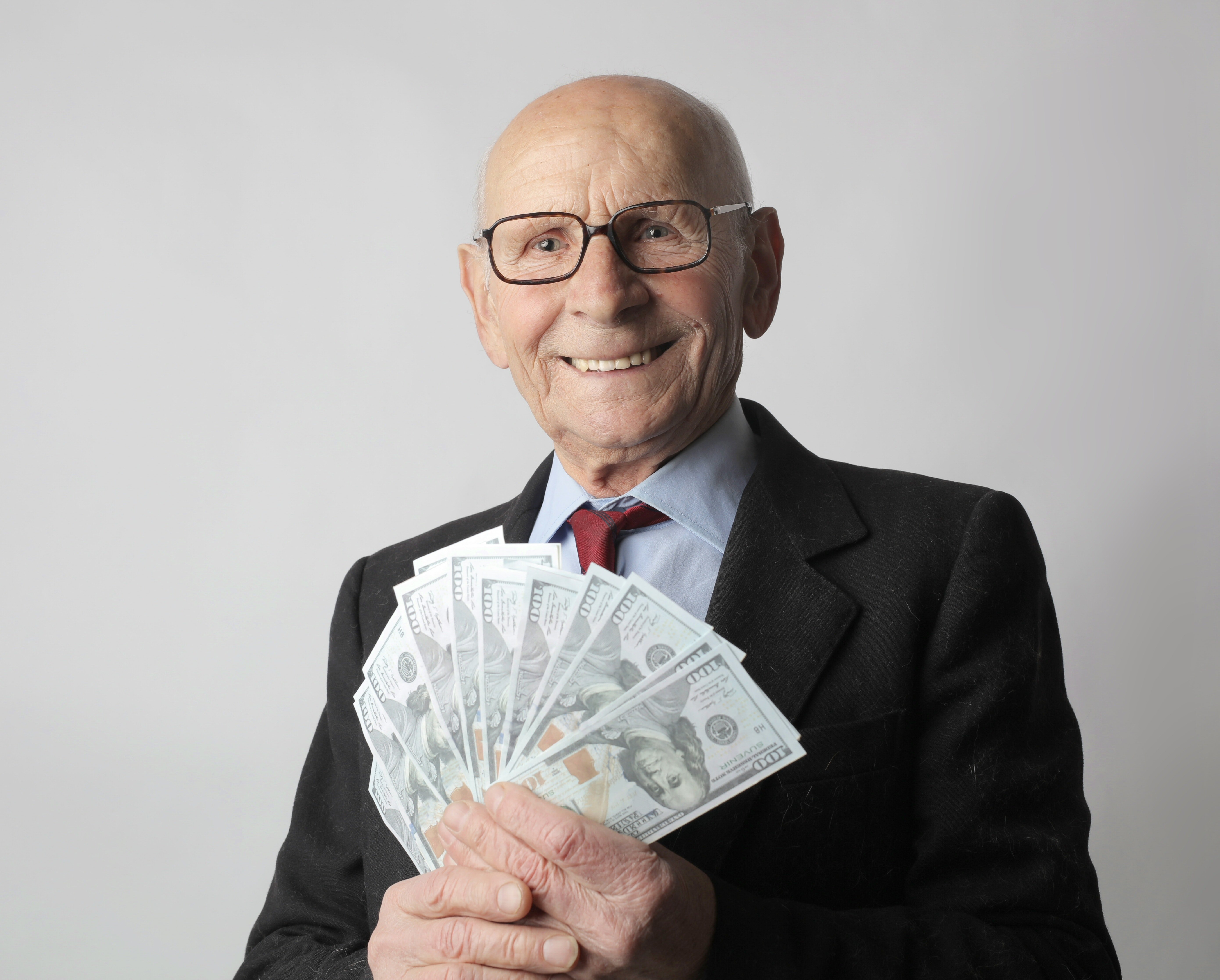 The wealthy old man showered the girl with expensive gifts and made her a special offer.   Photo: Pexels/Andrea Piacquadio