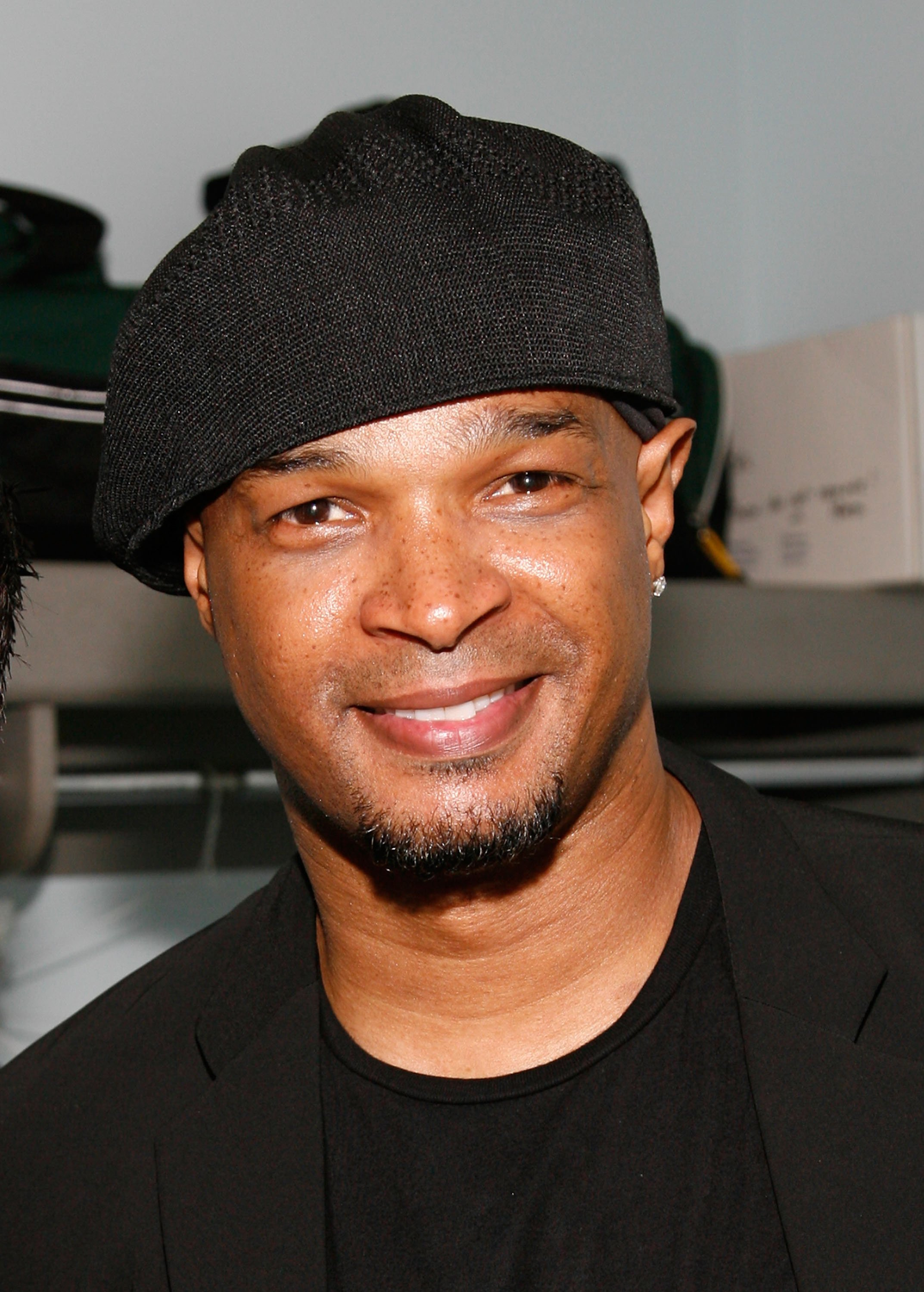 Comedian Damon Wayans backstage at Theatre St. Denis during the Just for Laughs Festival on July 20, 2007 | Photo: Getty Images