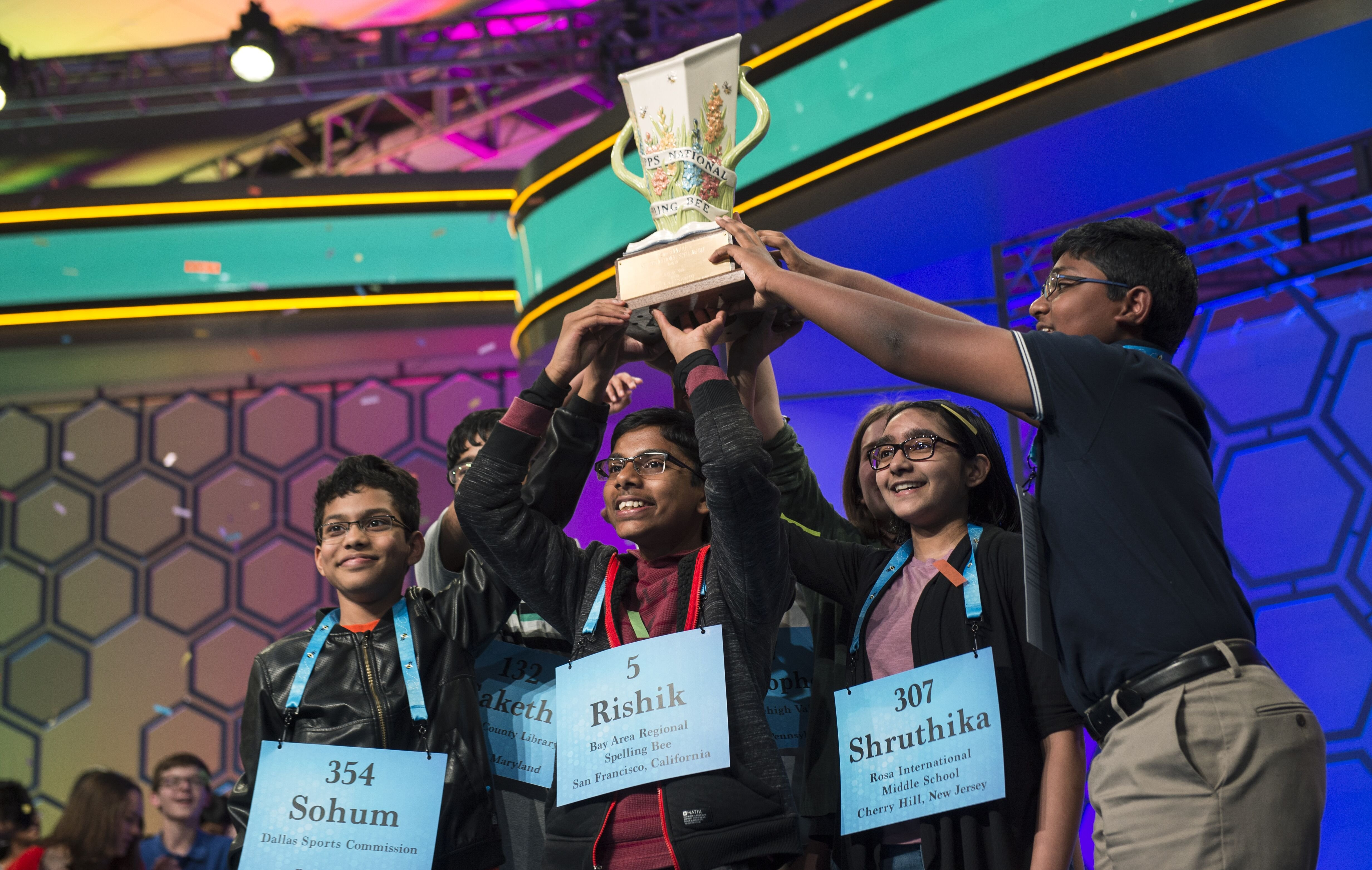 The eight co-champions celebrate after winning the Scripps National Spelling Bee on Thursday May 30, 2019 in Oxon Hill, Md | Photo: Getty Images