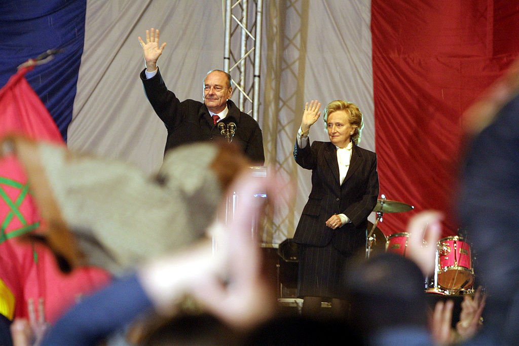 Bernadette et Jacques Chirac le 5 mai 2002 à Paris. l Source : Getty Images